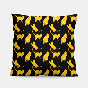 Golden cats-Black 1 Almohada thumbnail image
