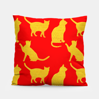 Golden cats-Red Almohada thumbnail image