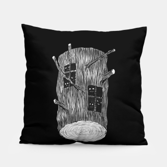 Miniatur Tree Log With Forest Creatures Pillow, Live Heroes