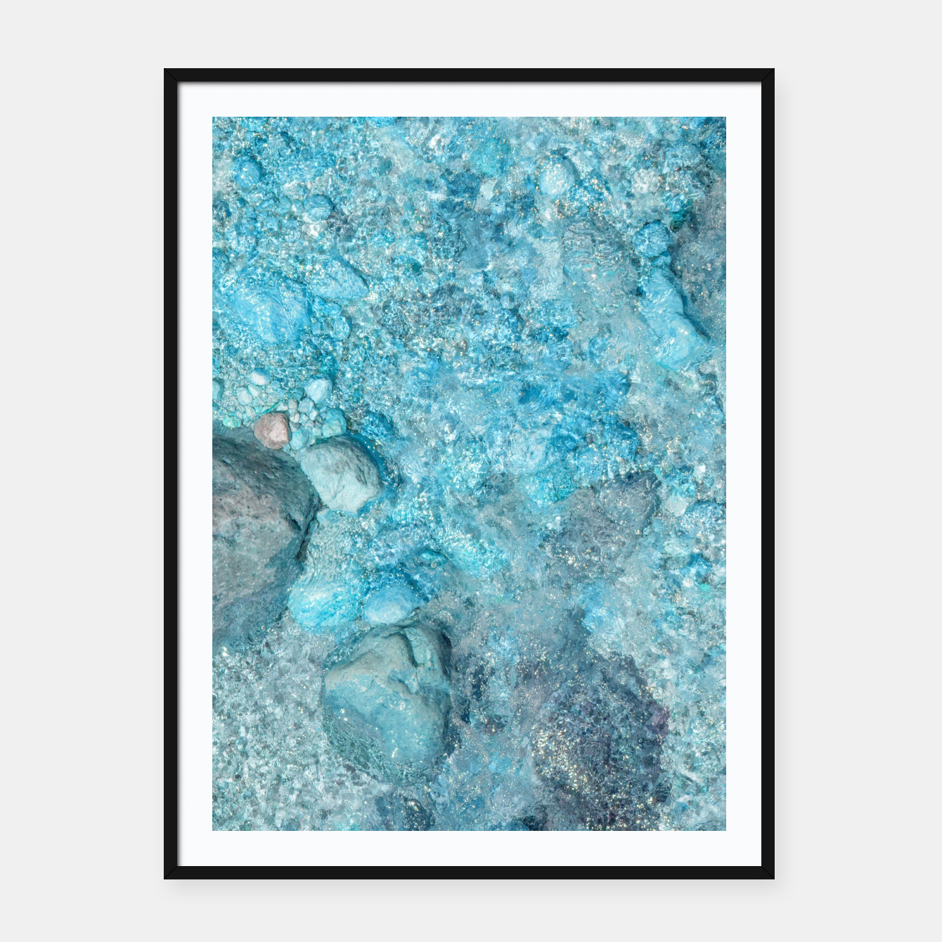 Image of Ice cold water Plakat mit rahmen - Live Heroes