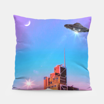 Thumbnail image of Aliens Pillow, Live Heroes