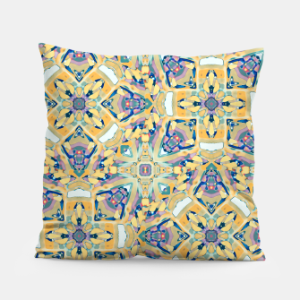Miniature de image de Colorful Exotic Ornate Print Pillow, Live Heroes