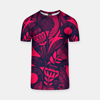 Thumbnail image of Beautiful Moroccan Followed traditional Anthropologie Artwork T-shirt, Live Heroes