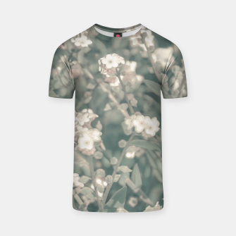 Miniaturka Beauty Floral Scene Photo T-shirt, Live Heroes