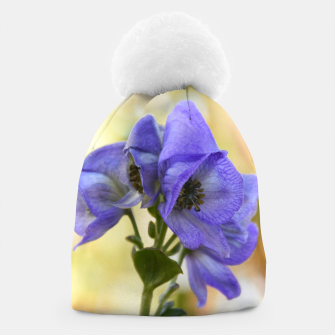 Thumbnail image of autumn blue flower Czapka, Live Heroes
