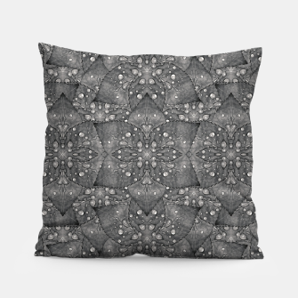 Miniaturka Modern Fancy Nature Collage Pattern Pillow, Live Heroes