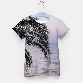 Thumbnail image of Palm & Ocean Dream #3 #tropical #pastel #wall #decor #art T-Shirt für kinder, Live Heroes