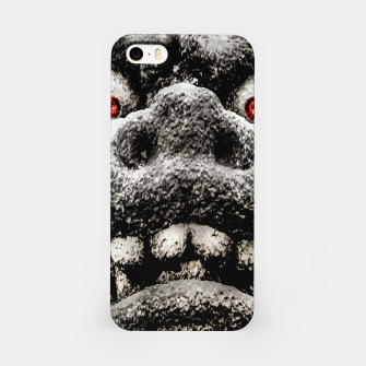 Miniaturka Monster Sculpture Extreme Close Up Illustration iPhone Case, Live Heroes
