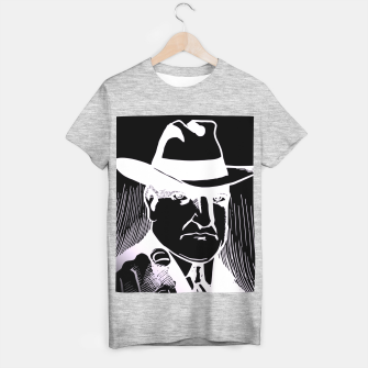 Thumbnail image of The man in the hat Camiseta Regular, Live Heroes