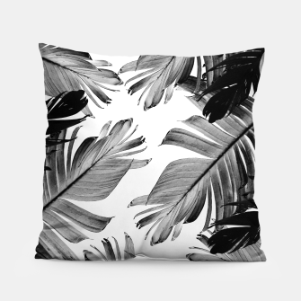 Thumbnail image of Tropical Banana Leaves Pattern #1 #tropical #decor #art  Kissen, Live Heroes