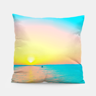 Miniature de image de Romantic summer sunset in blue and a sailing boat in the sea Pillow, Live Heroes