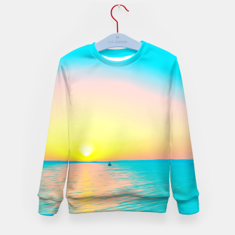 Miniature de image de Romantic summer sunset in blue and a sailing boat in the sea Kid's sweater, Live Heroes