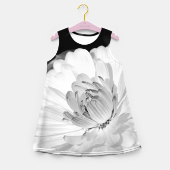 Miniatur White blossoming chrysanth, black and white flower photography Girl's summer dress, Live Heroes