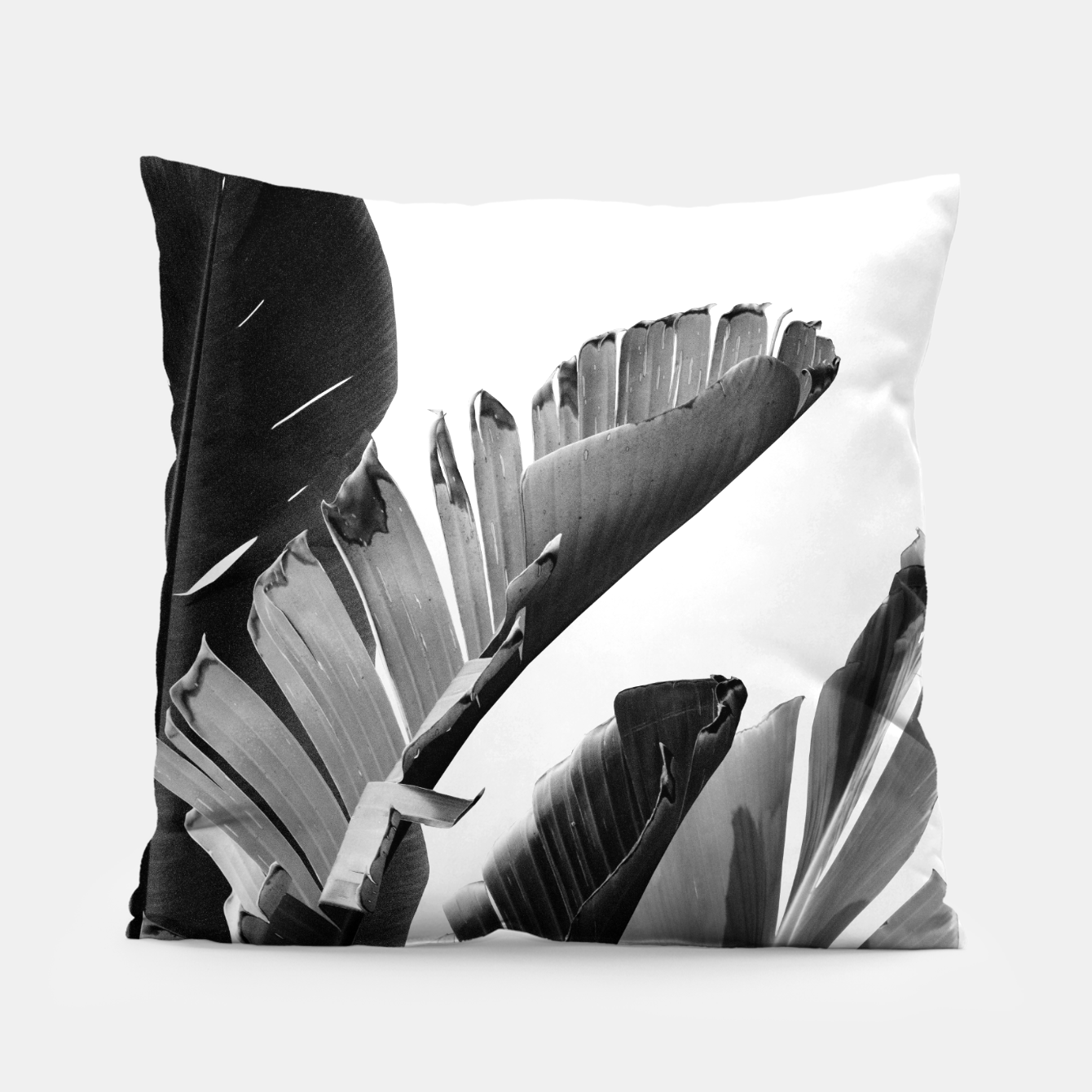 Image de Banana Leaves Finesse #2 #tropical #decor #art Kissen - Live Heroes