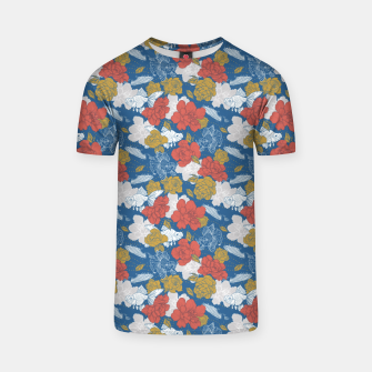 Thumbnail image of Flowers in the sea Camiseta, Live Heroes