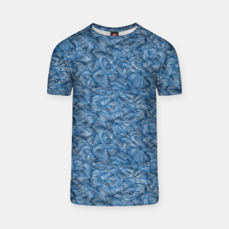 Slippery Fishes Floating in the Classic Blue Waves T-shirt Bild der Miniatur