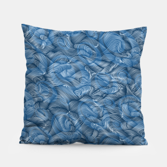 Miniatur Slippery Fishes Floating in the Classic Blue Waves Pillow, Live Heroes