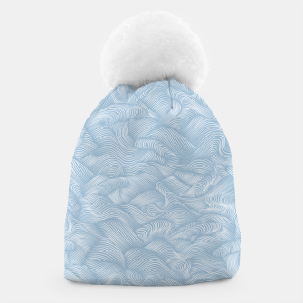 Silky Waves of the Boundless Blue Sea Beanie Bild der Miniatur