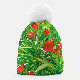 Imagen en miniatura de Flowers and Green Plants at Outdoor Garden Beanie, Live Heroes