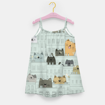 Miniatur Cats and the City Girl's dress, Live Heroes