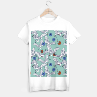 Flock of asian cranes birds Camiseta Regular miniature