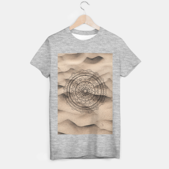 Thumbnail image of Mandala on Sand #1 #boho #wall #decor #art  T-Shirt regulär, Live Heroes