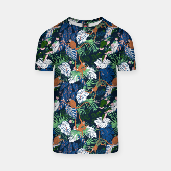 Thumbnail image of Monkeys in the dark jungle Camiseta, Live Heroes