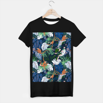 Thumbnail image of Monkeys in the dark jungle Camiseta Regular, Live Heroes