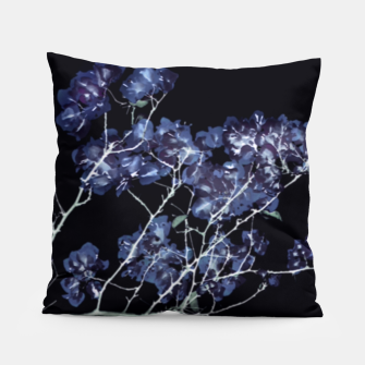 Miniaturka Photo Illustration Floral Pillow, Live Heroes