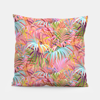 Tropical mood on a strawberry pink sunset Pillow Bild der Miniatur
