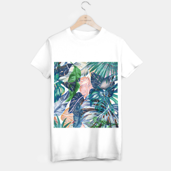 Miniatur Tropical forest blue pink green beige tropical leaves T-shirt regular, Live Heroes