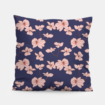 Thumbnail image of Dark Tropical Floral 01 Almohada, Live Heroes