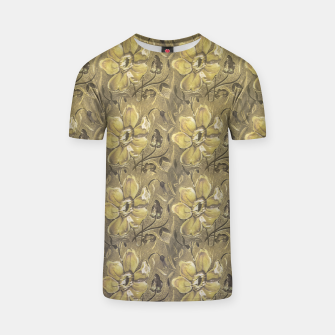 Thumbnail image of Retro Stlye Floral Decorative Print Pattern T-shirt, Live Heroes