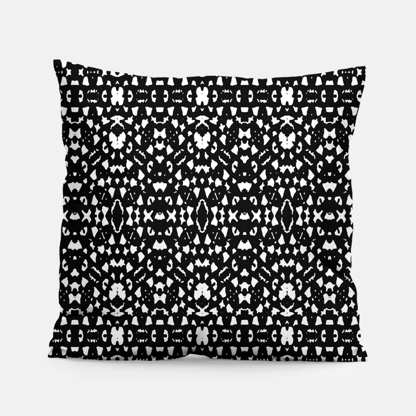 Zdjęcie Black and White Ethnic Print Pillow - Live Heroes