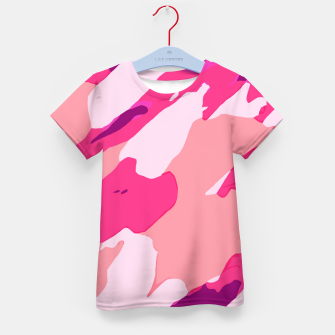 Miniatur camouflage graffiti painting texture abstract in pink and purple Kid's t-shirt, Live Heroes