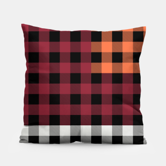 Imagen en miniatura de PATCHWORK BUFFALO CHECK IN RED Pillow, Live Heroes