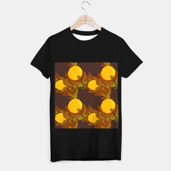 Closed roses bud on brown Camiseta Regular thumbnail image