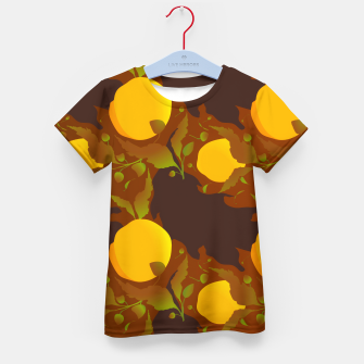 Closed roses bud on brown Camiseta para niños thumbnail image