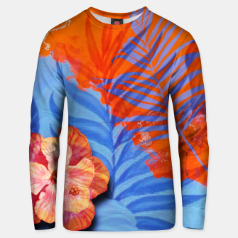 Miniatur orange blue toned tropical flowers and leaves on marble abstract background Unisex sweater, Live Heroes