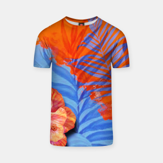 Miniatur orange blue toned tropical flowers and leaves on marble abstract background T-shirt, Live Heroes