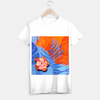 Miniatur orange blue toned tropical flowers and leaves on marble abstract background T-shirt regular, Live Heroes