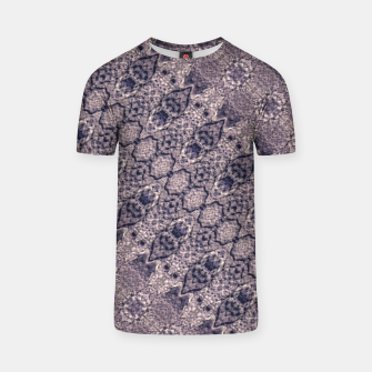 Miniatur Violet Textured Mosaic Ornate Print T-shirt, Live Heroes