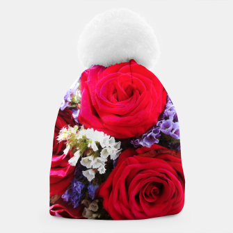 Thumbnail image of bouquet of rose and perturbed Czapka, Live Heroes