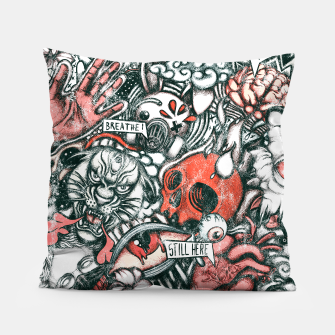 Miniatur Washed Still Here Pillow, Live Heroes