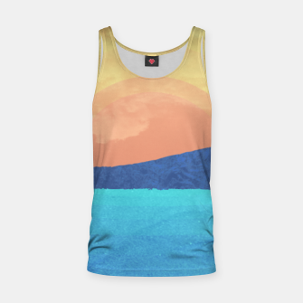 Miniatur Hikers in the Distance Tank Top, Live Heroes