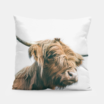 Miniaturka Majestic Highland cow portrait Pillow, Live Heroes