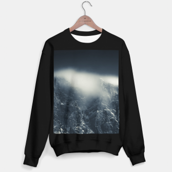 Miniature de image de Darkness and white clouds over the mountains Sweater regular, Live Heroes