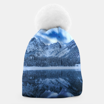Miniature de image de Fantasy at mountain lake Beanie, Live Heroes