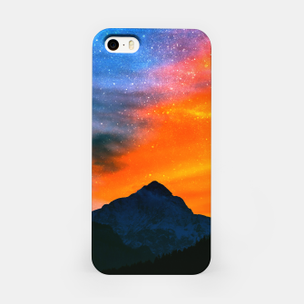 Miniature de image de Fantasy world at mountains iPhone Case, Live Heroes