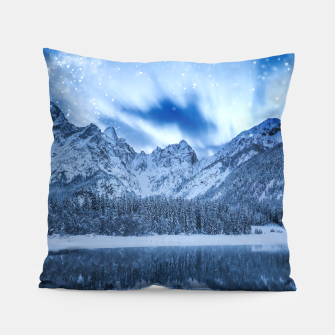Miniature de image de Fantasy at mountain lake Pillow, Live Heroes